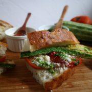 季節の食材を使った調理パン