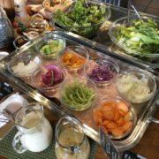朝採れ野菜のサラダバー